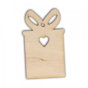 D003 Wood tag in shape of a gift